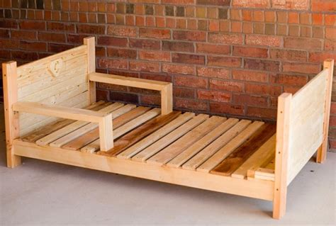 Handmade Toddler Beds - a sustainable handmade toddler bed for 200