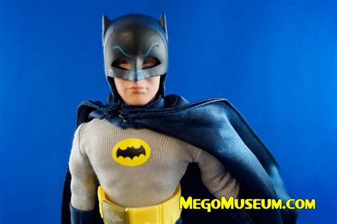 figure companies up removable cowl 1966 batman by figures company
