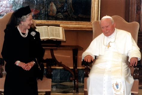 The Queen to meet Pope Francis at the Vatican for the time