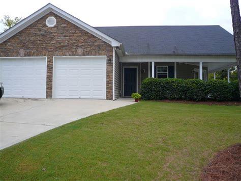 Backyard Grill Eatonton Ga Home For Rent On Lake Oconee 324 East Riverbend Drive