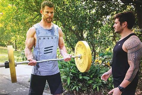 how much can chris hemsworth bench how much can chris hemsworth bench 28 images 105 best