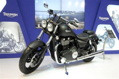 Bros Sedang Model India triumph enters india with 10 models bonneville priced at 5 7 lakh livemint