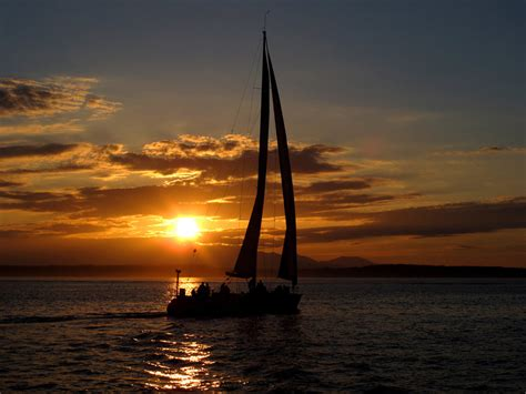 sailboat tours seattle let s go sailing sailing boat rides from seattle s