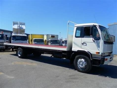 used nissan ud pk240 other trucks year 1997 price