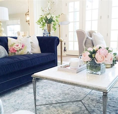 navy blue sofa and loveseat 25 best ideas about navy sofa on pinterest navy blue