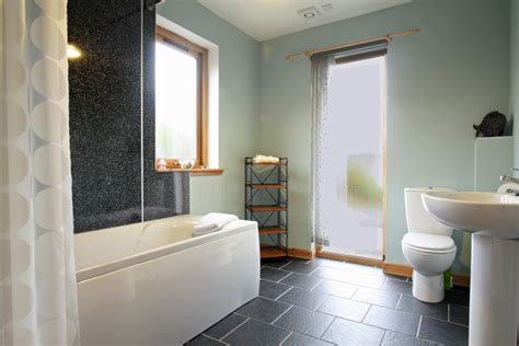 solas bathroom solas self catering holiday cottage glendale isle of