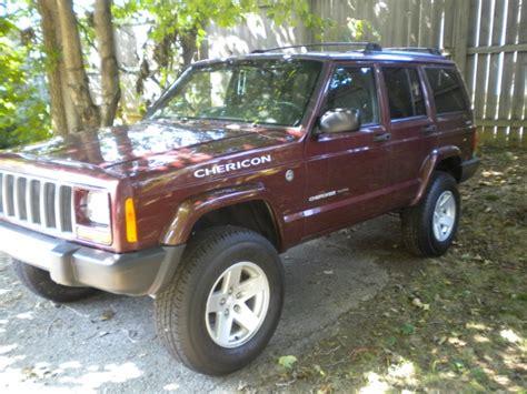 maroon jeep cherokee burgundy maroon cherokee s look here page 2 jeep