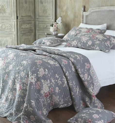 gray floral bedding 17 best ideas about floral bedspread on pinterest floral