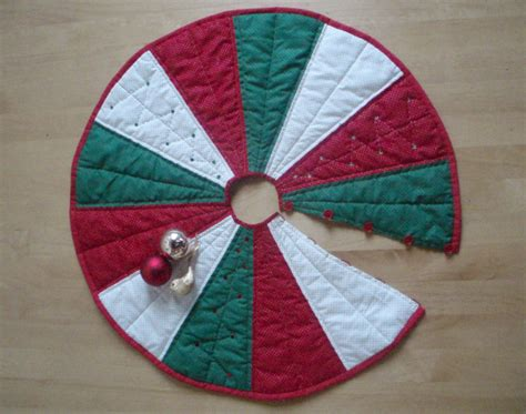 pattern for a christmas tree skirt tree skirt sewing patterns lucky mature pussy