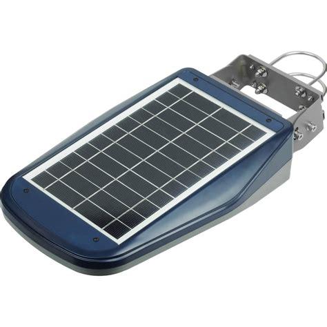 1000 lumen solar light wagan 1000 lumen solar led floodlight with remote 8576
