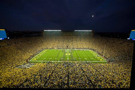 michigan big house home field advantage toughest places to play drew s blog