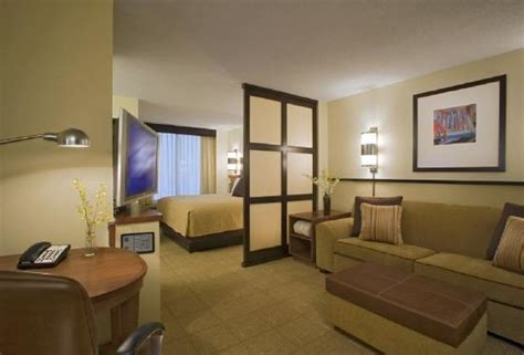 Floor And Decor Lombard Illinois by Hyatt Place Charlotte Airport Lake Pointe Updated 2017