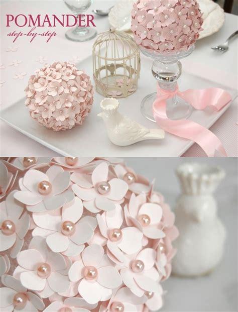 como decorar una licorera para bautizo decorar una primera comuni 243 n con esfera con flores