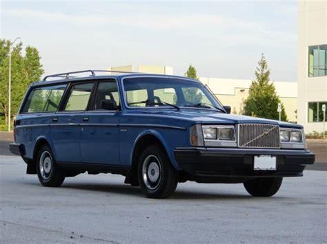 volvo  dl wagon classic volvo    sale
