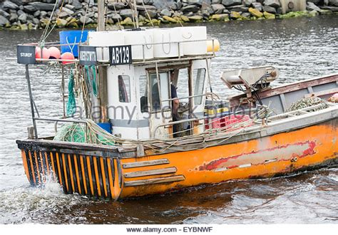 small boat jobs uk leaving a job stock photos leaving a job stock images