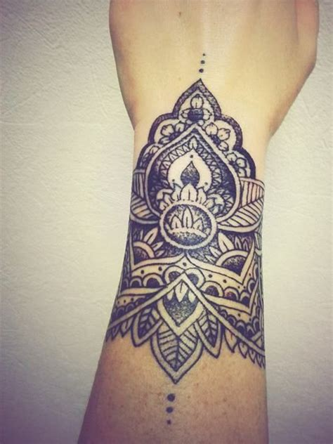 tattoo beautiful pinterest manchette tattoo tattoo pinterest beautiful