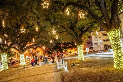 baton rouge tree christmas lights service 10 light displays in louisiana that are magic