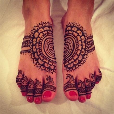 henna tattoo on foot tumblr henna foot www imgkid the image kid