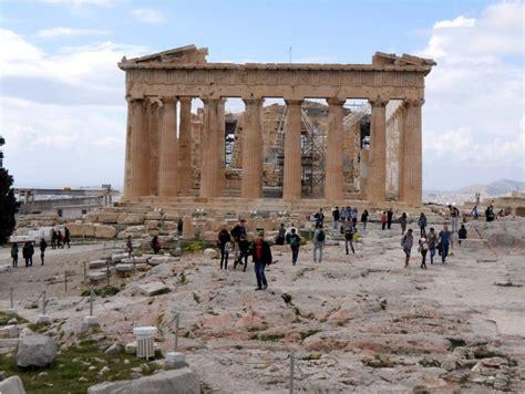 colmata persiana suggestioni dal museo dell acropoli di atene