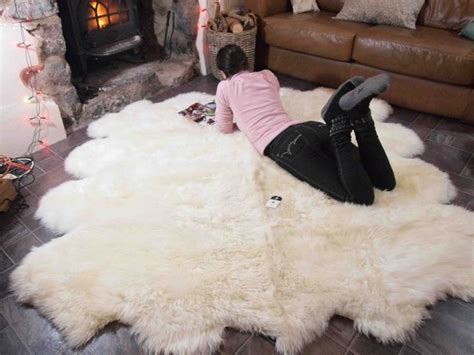 Large Fur Rugs by 25 Best Ideas About Sheepskin Rug On White