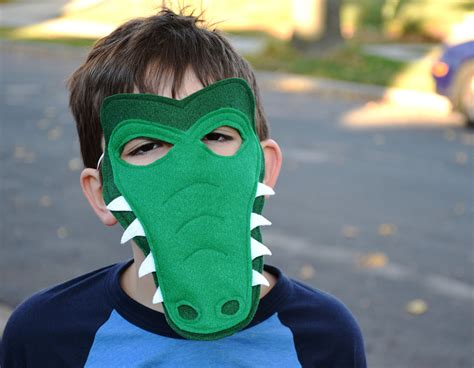 How To Make A Crocodile Mask Out Of Paper - handmade felt alligator crocodile mask