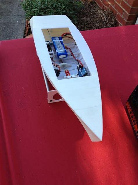 australian man designs  prints  working rc boat