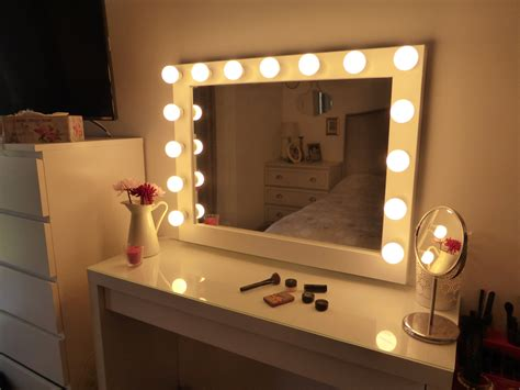 lighted vanity mirror large makeup mirror with - Schminkspiegel Mit Licht Ikea