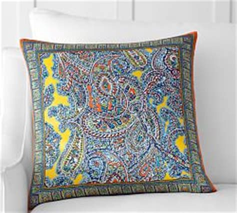 Pottery Barn Pillows On Sale by 18x18 Pillow Covers Throw Pillows On Sale Pottery Barn
