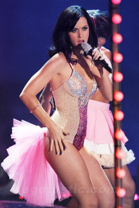 katy perry 01 katy perry pinterest katy perry the sexy and amazing katy perry on stage leggy katy