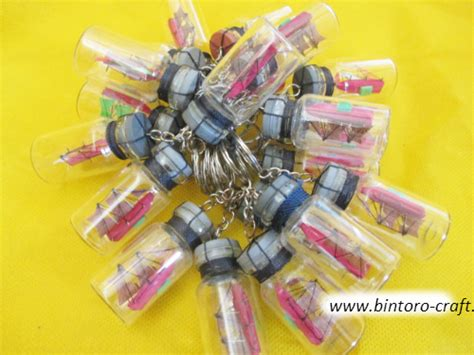 Souvenir Gantungan Kunci Botol Lilit souvenir gantungan kunci kapal botol