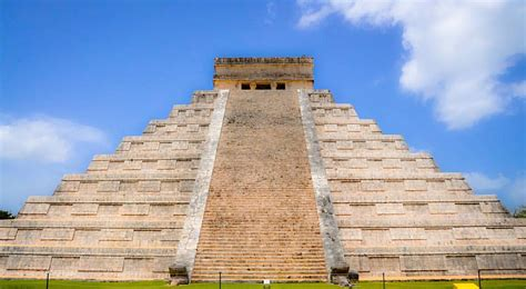 what does temple mean temple of kukulcan or el castillo meaning the castle