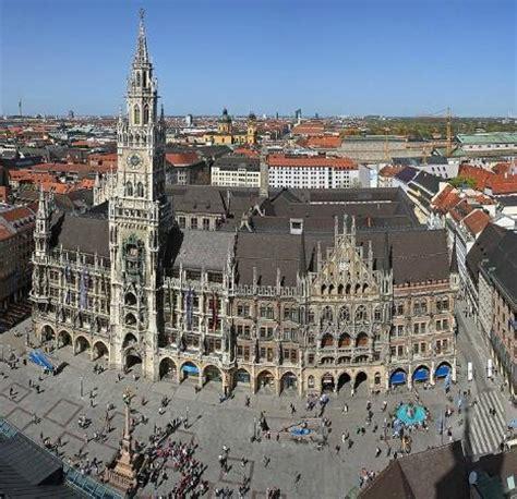 odeonsplatz munich germany address  tours