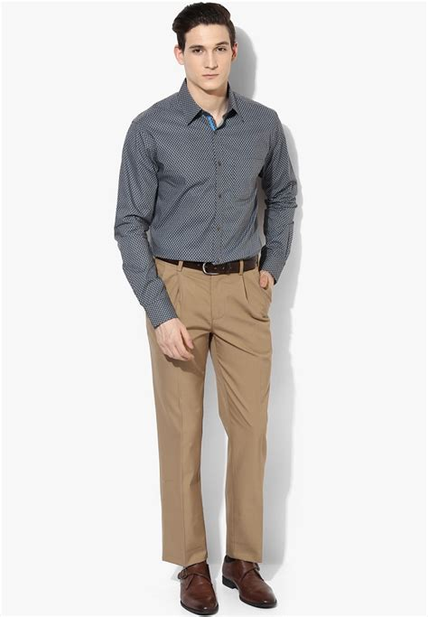 Semi Korset 048 Slimming Khaki going casual way in business dress code for looksgud in