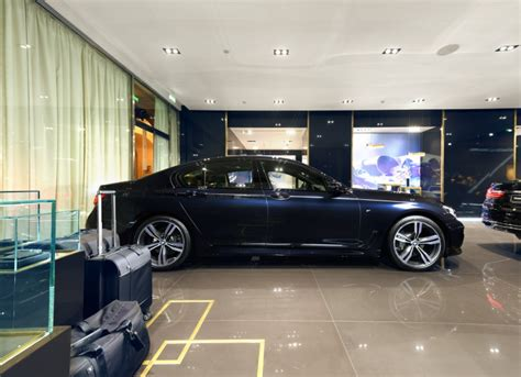 luxury bmw 7 series 2016 bmw 7 series in imperial blue photos