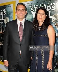 Actor jim caviezel and wife kerri browitt caviezel attend the premiere