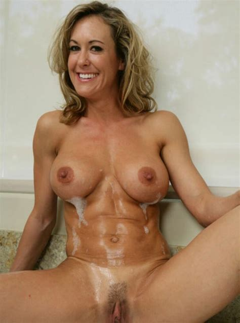 Sexy Milf Girlfriends Posing For Pictures Pichunter