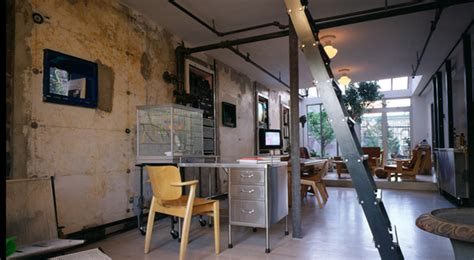 Apartment With Garage un loft plenamente industrial
