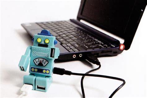 Usb Hub Robot Adapter Adapter Robot Usb Hub 4 Port Hub Prsn available 4 port robot usb hub gadgetsin