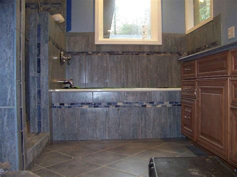 Tile Bathtub Shower Combo by Shower Tub Combo Ideas Find This Pin And More On Small