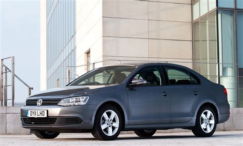 volkswagen jetta reviews volkswagen jetta saloon review 2011 parkers