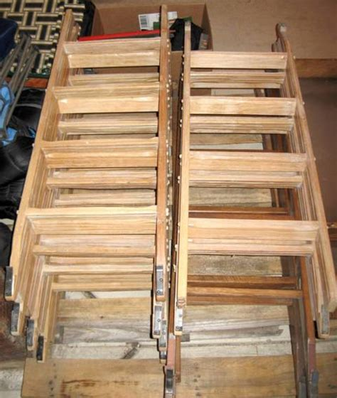 Wooden Bunk Bed Ladder Bunk Bed Ladders Government Auctions Governmentauctions Org R