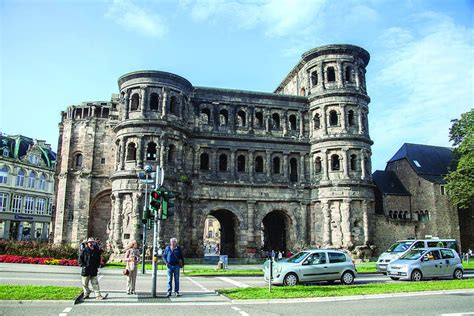 futon trier trier germany and its treasures features