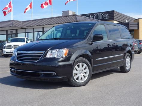 Chrysler Town And Country 2015 by 2015 Chrysler Town And Country Touring Orillia Ontario
