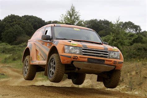 Bowler Car Wallpaper Hd by Bowler Nemesis Gt4 A Dakar Racer For Consumption