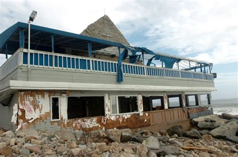 coast guard house narragansett ri coast guard house owners ask to change entrance south county independentri com