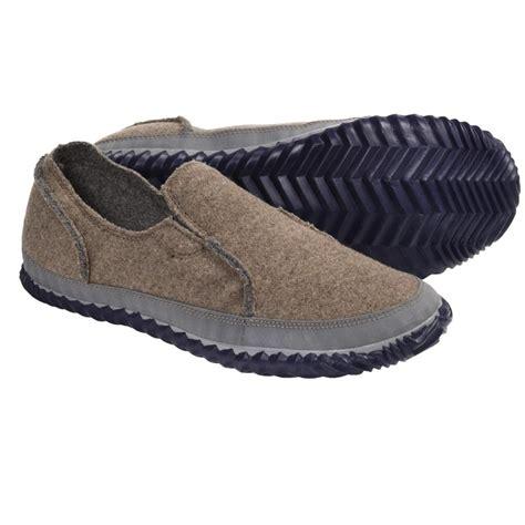 mens indoor outdoor house shoes indoor outdoor mens slippers 28 images s grey indoor outdoor shearling slipper