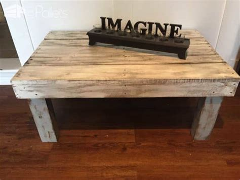 Painted Pallet Coffee Table Rustic Painted Pallet Coffee Table 1001 Pallets