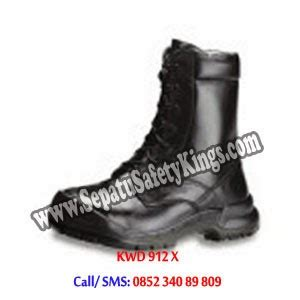 Sepatu Caterpillar Murah Safety Pendek Kalio Hitam Licin C1 jual sepatu safety shoes jakarta harga sepatu safety murah sepatu caterpillar krisbow