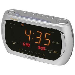 emerson cks3020 am fm clock radio with dual alarm smartset 174 automatic time setting system