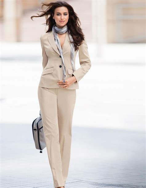 conservative professional look for women in their sixties 27 best business attire images on pinterest workwear